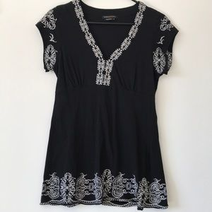 Max Azria Embroidery Trimmed Top